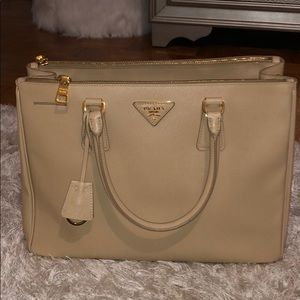 Prada Purse -  with receipt and Authenticity card